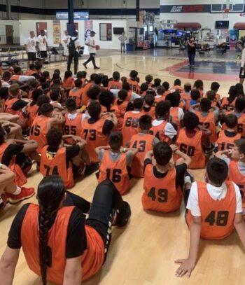 kids_basketball_training_talking